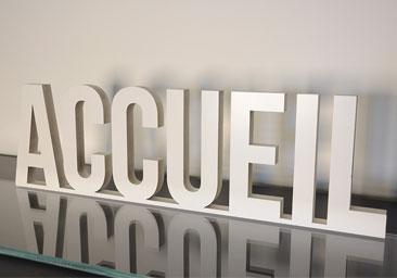 enseigne lettre 3D PVC Types d'usage, Posé au sol, sur un meuble, sur une étagère