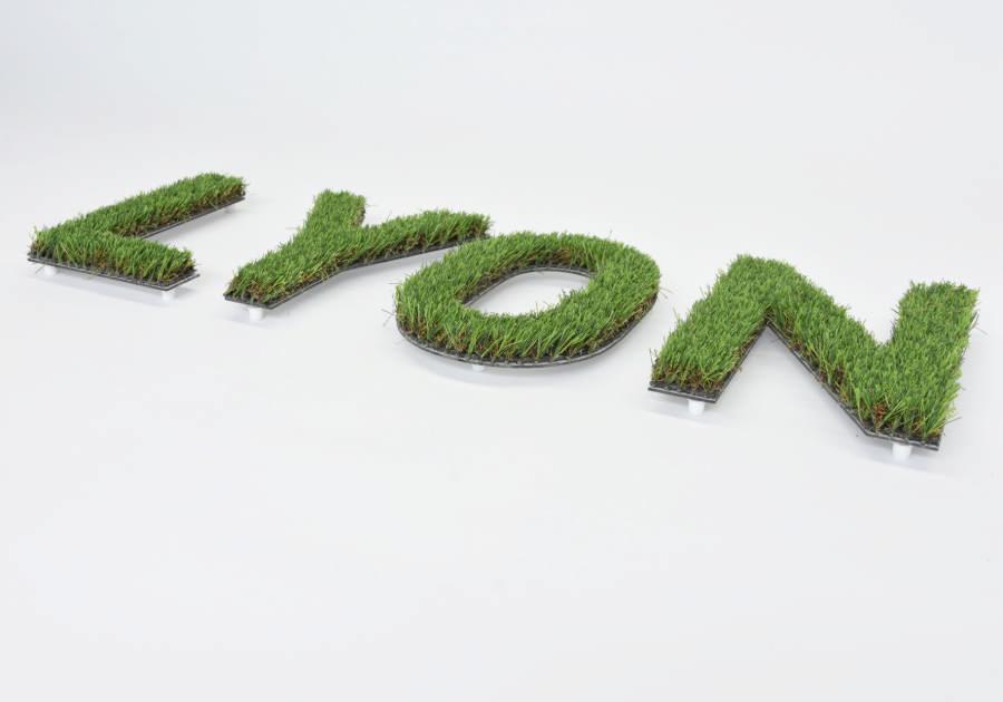 Modelo de Logo vegetal sintético con dibond. Soporte rígido.